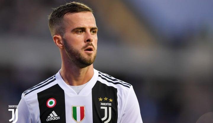 Begini Komentar Pjanic Soal Ketajaman Striker Juventus - Warta Ekonomi