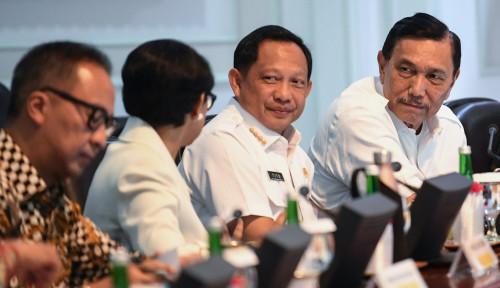 Foto Bolak-Balik Karhutla, Tito Minta Daerah Dikasih Anggaran Sendiri