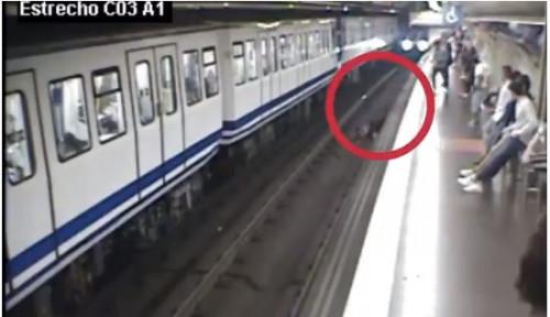 Foto Wanita Spanyol Jatuh ke Depan Kereta Terekam CCTV, Videonya Jadi Viral