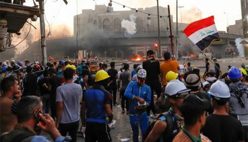 Foto Pasukan Keamanan Irak Lepaskan Tembakan Langsung, 5 Orang Tewas