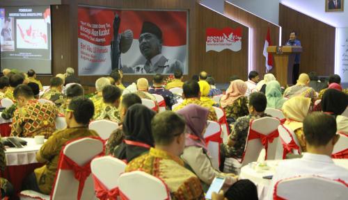 Foto Kemendagri Lewat BPSDM Berikan Orientasi ke Anggota DPRD