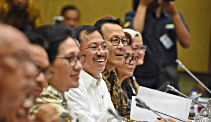 Rapat Bareng Menkes, DPR Guyon Korona: Komunitas Rondo Mempesona - Warta Ekonomi