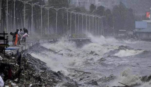 Foto Siklon Bulbul Terjang India, 2 Juta Warga Dievakuasi