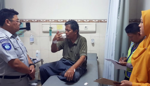 Foto Jasa Raharja Santuni 29 Korban Kecelakaan Tol Kanci-Brebes