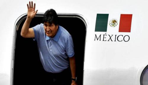 Foto Puji Meksiko, Morales: Terima Kasih Telah Selamatkan Saya