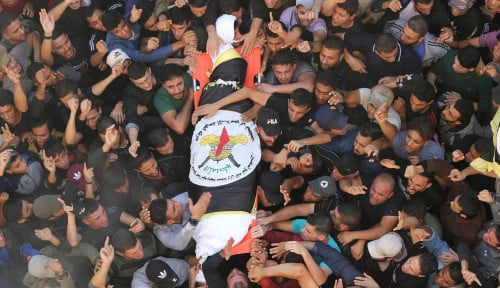Foto Mencekam, 22 Warga Gaza Terbunuh dalam Satu Malam