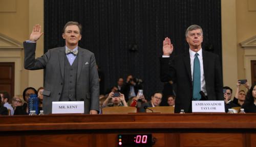 Foto Nasib Trump Ada di Tangan Dua Diplomat dalam Sidang Penyelidikan Pemakzulan, Siapa Mereka?