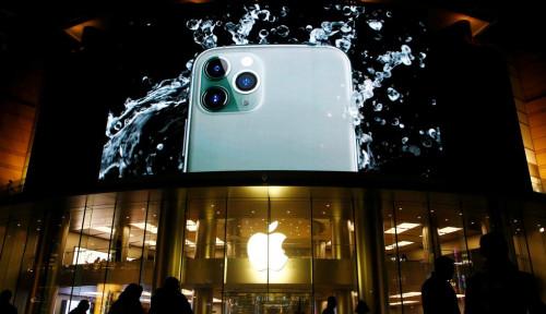 Foto Penjualan iPhone 11 di China Makin Anjlok, Gimana Nasib Apple di Negeri Tirai Bambu?