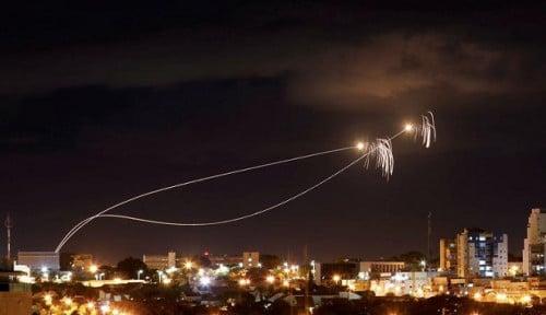Balas Serangan, Israel Bombardir Gaza dari Darat dan Udara