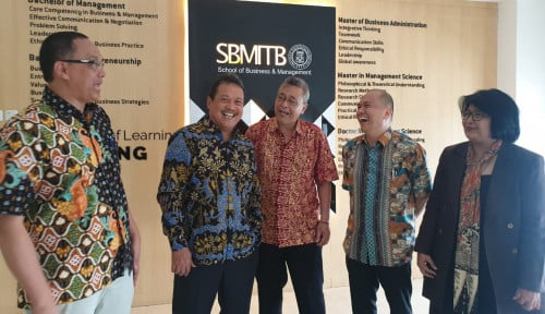 Wamenhan Sambangi SBM ITB, Perkuat Kompetensi Perwira TNI