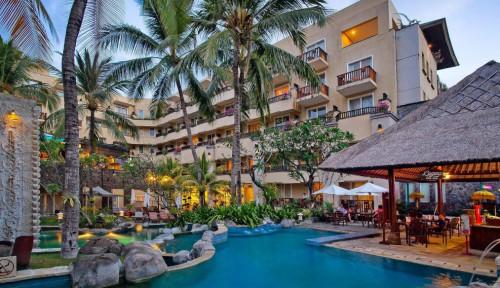 Foto TW Minta Pemilik Hotel Kuta Paradiso Lunasi Kewajiban