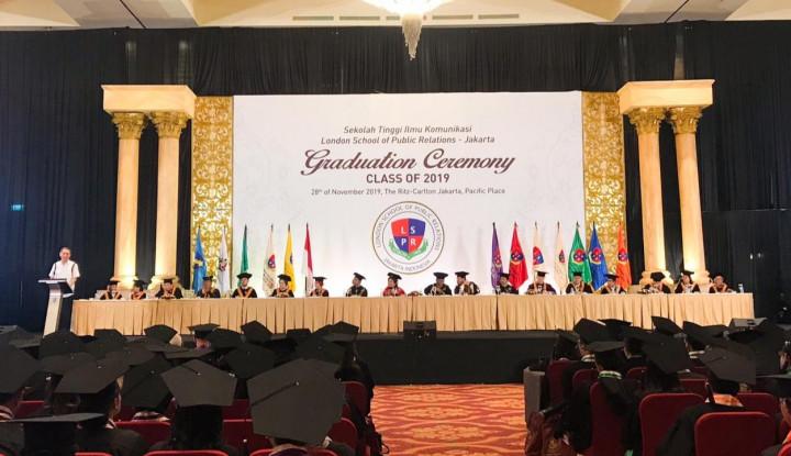 Bertransformasi Menjadi Institut Komunikasi dan Bisnis, LSPR Cetak 1.080 Wisudawan