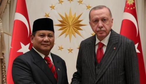 Kunjungi Turki, Prabowo Subianto Salat di Hagia Sophia?