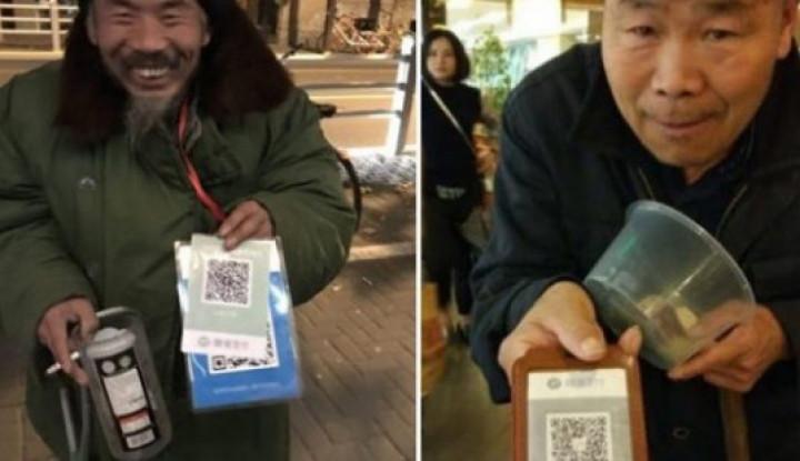 Canggih Gak Ketulungan! Ngeles Gak Punya Recehan, Pengemis Tawarkan QR Code Saat Minta Sumbangan! - Warta Ekonomi