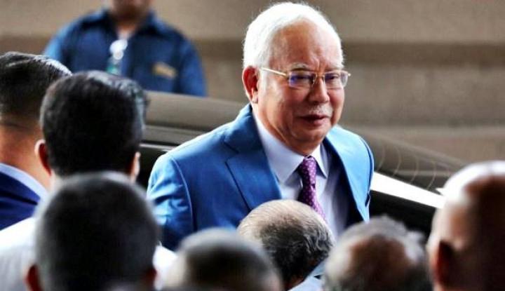 Kelam Divonis 12 Tahun, Karir Politik Najib Razak Tamat
