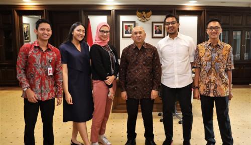 Foto Menkop-UKM Bersama Stafsus Presiden Bahas Pengembangan Produk UMKM