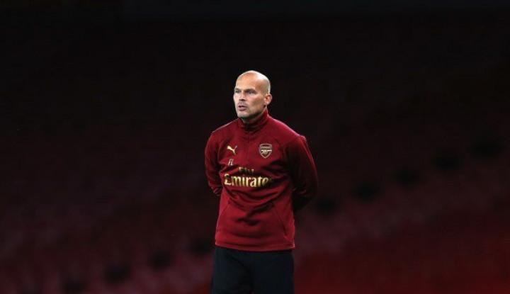 Katanya Ljungberg Ingin Minta Saran Wenger Sebelum Pimpin Arsenal, Kok Gak Pede? - Warta Ekonomi