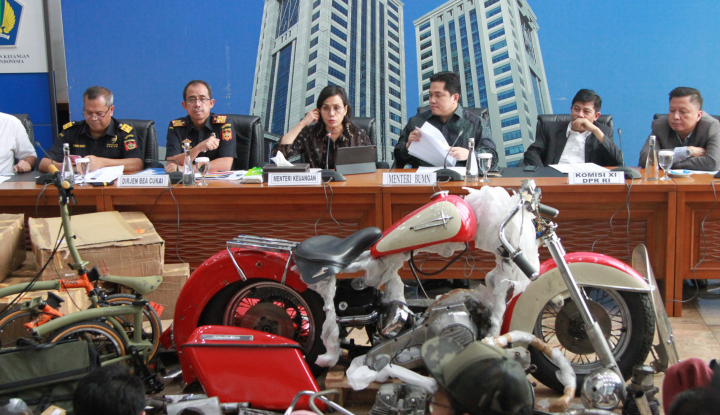 Ari Dipecat, Asosiasi Pilot Garuda Berani Lawan Keputusan Menteri BUMN? - Warta Ekonomi