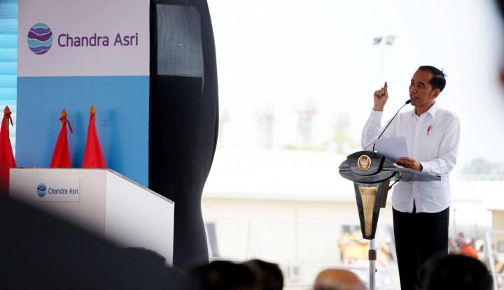 Jokowi Bidik Ekspor Mobil Capai 1 Juta Unit di 2024 - Warta Ekonomi