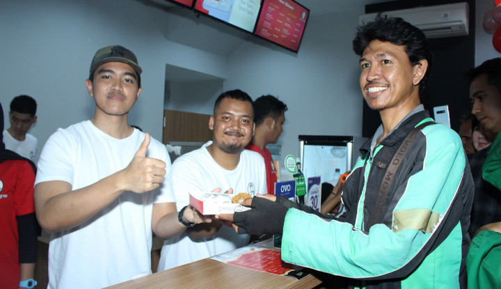 Foto Berita Ngakak! Kaesang Pangarep Misuh-Misuh ke Karyawannya yang Kebanjiran: Malah Maen-Maen