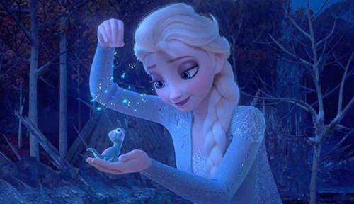 Fakta-fakta di Balik Frozen 2: Desain Kostum Anna Rupanya Dibuat Seniman Indonesia, Namanya...