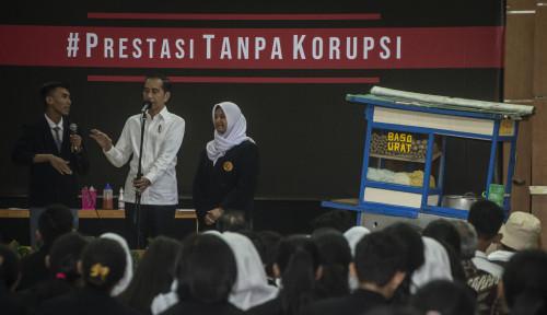 Foto Rocky Gerung: Cocoknya Jokowi Pakai Rompi Oranye, Maksudnya Apa Bos?