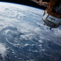 Startup Ini Manfaatkan AI Operasikan Satelit Luar Angkasa