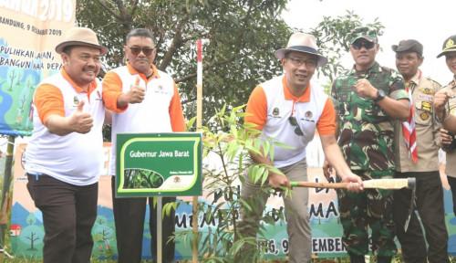 Foto Revitalisasi DAS Citarum, Pemerintah Bangun Kebun Bibit Desa