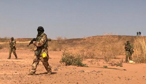 Foto Bakar Truk dan Tewaskan Puluhan Orang, Boko Haram Disebut Jadi Dalang Utama