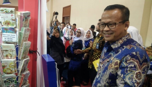 Foto Edhy Prabowo: Menteri Bisa Salah. Menteri Tak Boleh Antikritik
