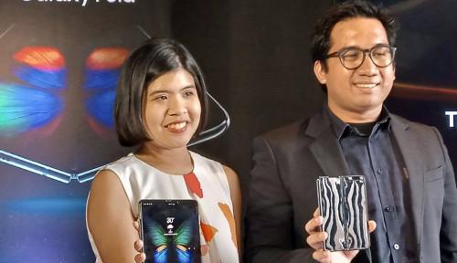 Galaxy Fold Dukung eSIM, Smartfren Lirik Samsung