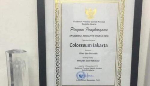 Foto Anies Kasih Penghargaan ke Colosseum, Netizen: Diskotek Lain Ditutup, Ini Malah...