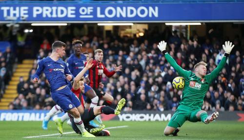 Foto Chelsea Bantai Everton 4-0