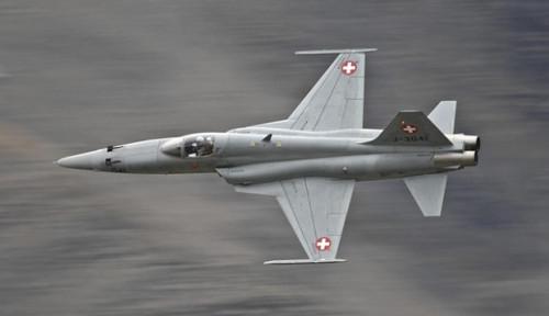 Foto Swiss Mau Jual Balik 22 Jet Tempur F-5 AS, Barang Rusak?