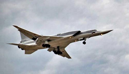 Foto Jet-Jet Tempur Rusia Bombardir Teroris Pro-Turki di Suriah