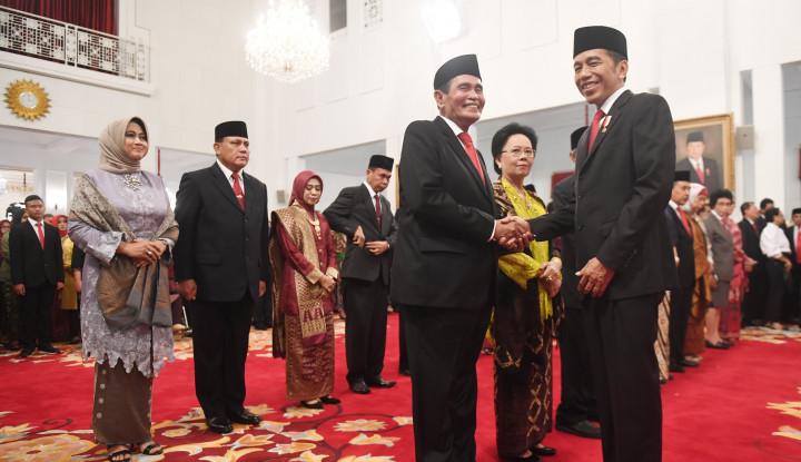 Resmi!! Jokowi Teken Perpres Gaji Dewas KPK, Nominalnya Bikin Sesak Dada