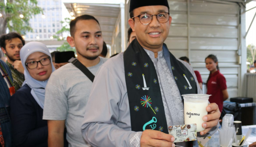 Foto Mantan Gubernur DKI Doakan Anies Segera Lepas Status Jomblo, Amin!