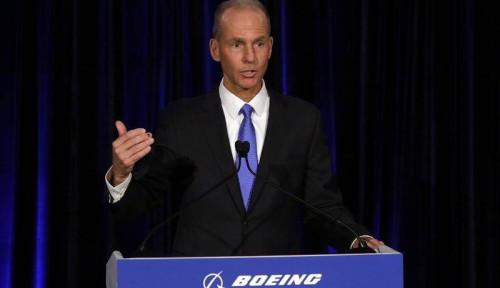 Foto Dipecat, Eks CEO Boeing Malah Makin Tajir