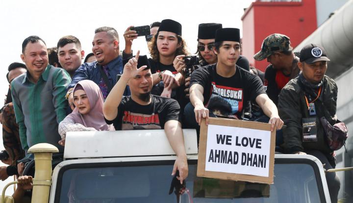 Prabowo Jadi Pembantu Jokowi, Dhani Bisa Santun? - Warta Ekonomi