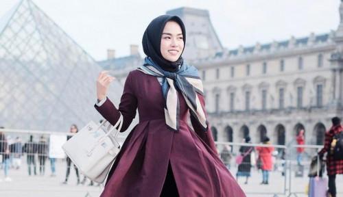 Foto Ibu Medina Zein: Selain Bipolar, Medina Juga Diduga Idap. . .