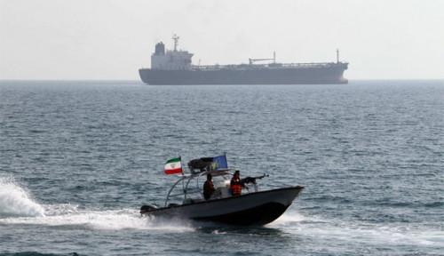 Pasukan Pengawal Iran Tangkap Kapal Penyelundup Minyak, Banyak ABK Asal Malaysia
