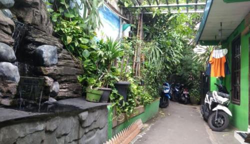 Merawat Paru-Paru di Lipatan Jakarta
