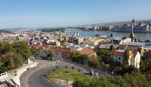 Menikmati Indahnya Budapest, Parisnya Eropa Timur