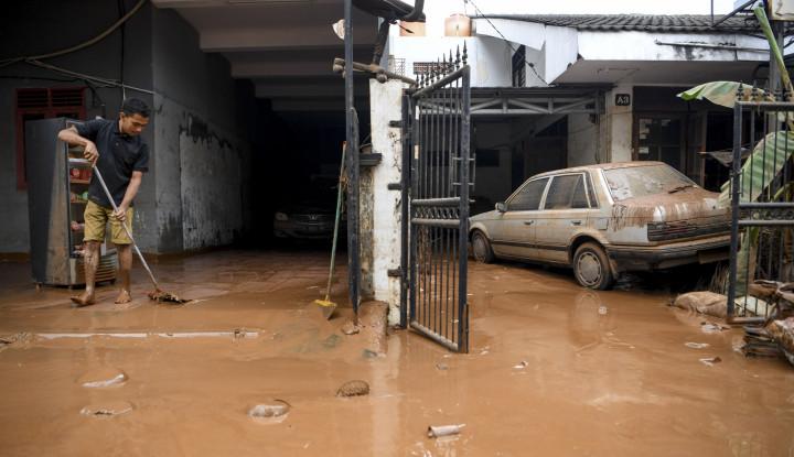 Ini Dia 5 Sektor Ekonomi Paling Terpukul Akibat Banjir - Warta Ekonomi