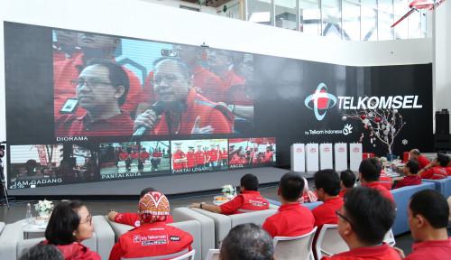 Foto Sepanjang Nataru, Trafik Layanan Data Telkomsel Naik 16%