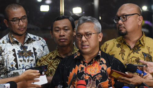 Foto Digarap Penyidik KPK Lagi, Ketua KPU Diberondong Pertanyaan ini...