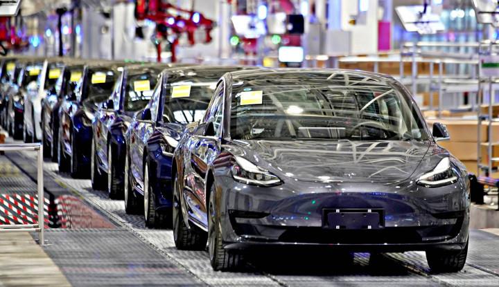 Corona Porak Porandakan Industri Otomotif Eropa, Penjualannya Ambles 55%