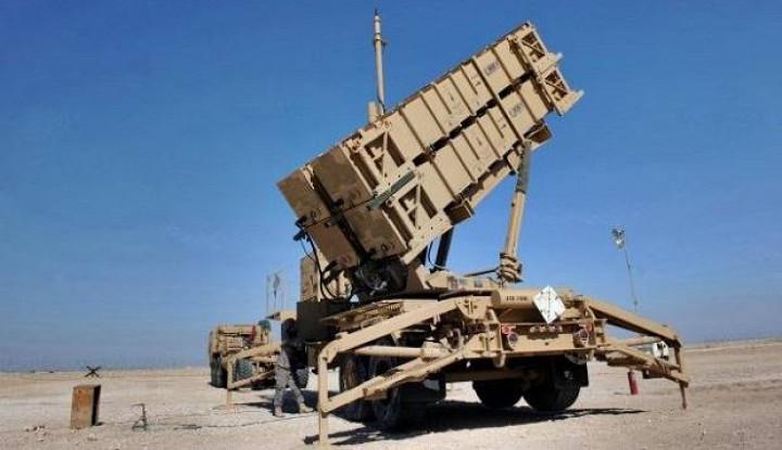 Roket-roket Hantam Pangkalan Udara Irak, 4 Orang Terluka - Warta Ekonomi