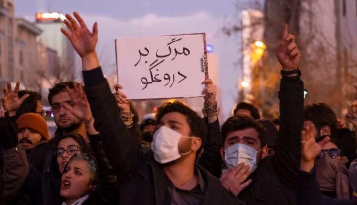 Ini Tuntutan Demonstran buat Pemimpin Iran, Pilih Mundur Atau... - Warta Ekonomi