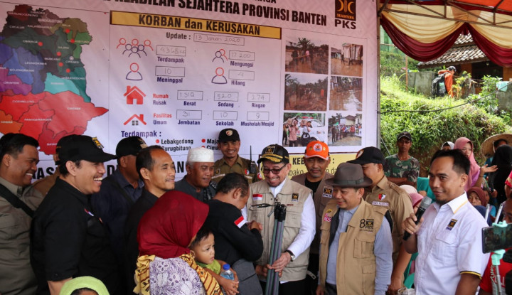 PKS Perjuangkan Aspirasi Korban Banjir Lebak Banten - Warta Ekonomi